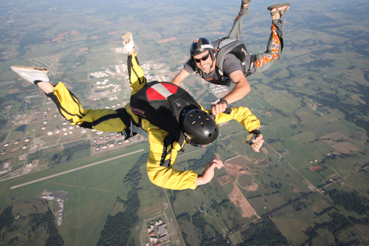 How Fast Do You Fall When Skydiving