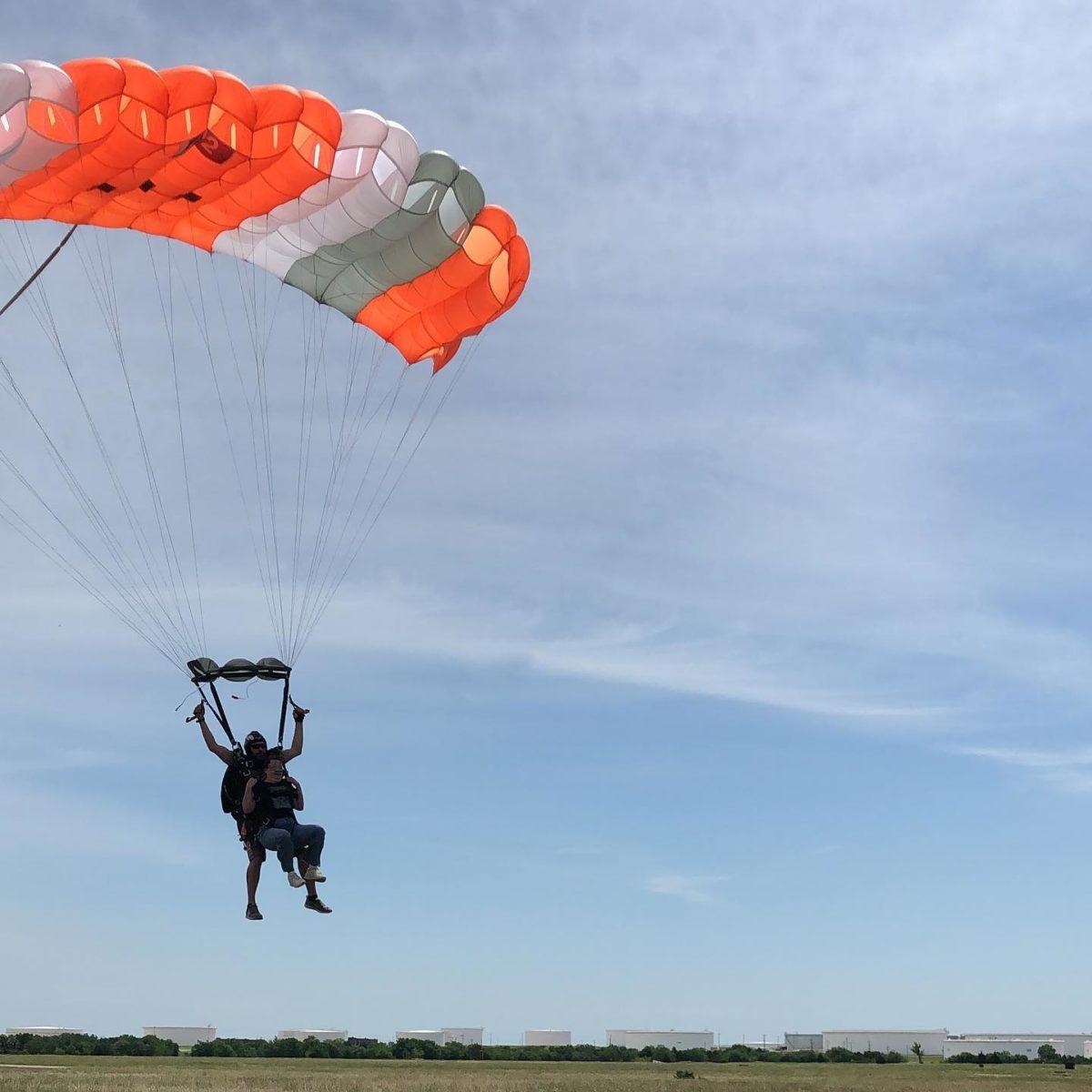Skydiving landing OKC